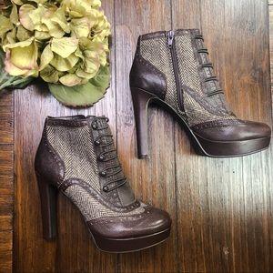 Like New! Gianni Bini Platform Heeled Ankle Boots